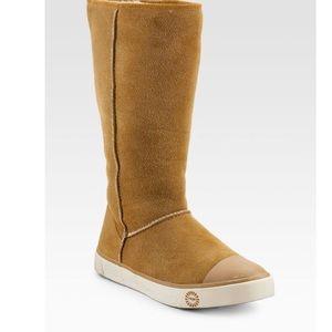 UGG Australia Delaine Boot Size 9